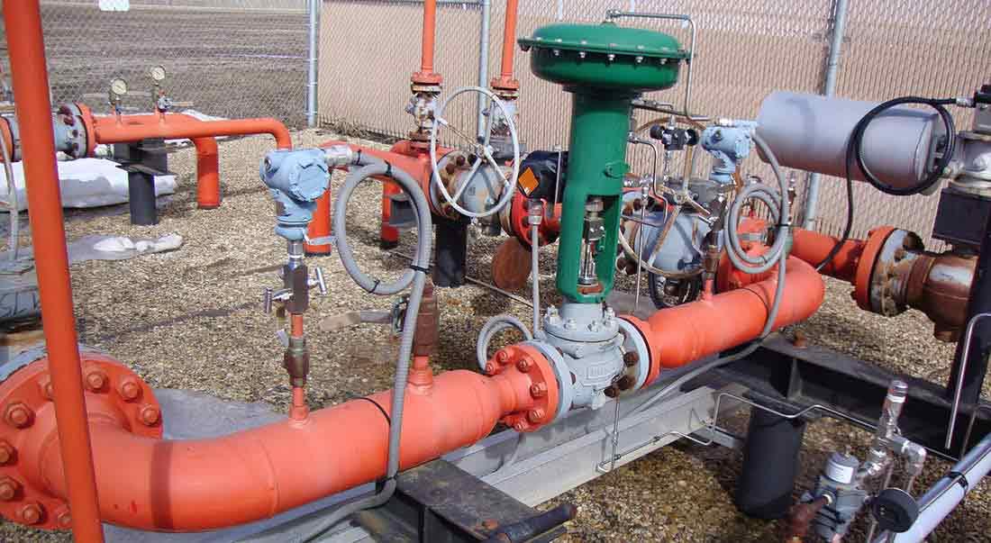 reciprocating compressor valve station