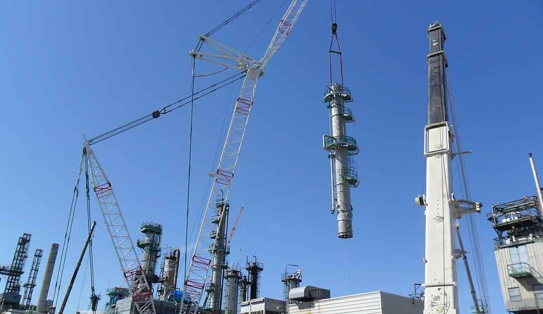 Debutanizer Tower Installation